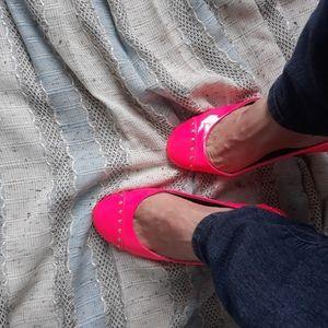 Patent hot pink Bongo flats